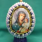Яйцо с изображением иконы Неувядаемый цвет, бисероплетение пасхальные яйца