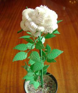 Роза цветы из бисера