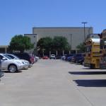 Школа в Америке. Парковочная стоянка