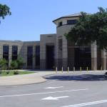 Школа в Америке. Центральное здание школы