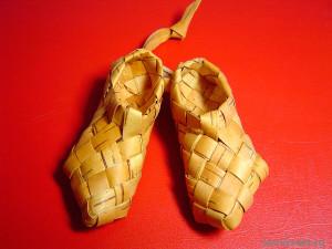 Русские лапотки. Коллекция сувенирных башмачков и туфелек