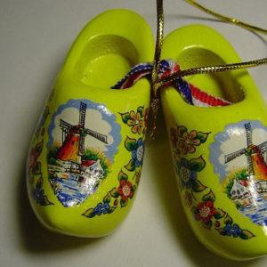 Голландские кломпены. Коллекция сувенирных башмачков и туфелек