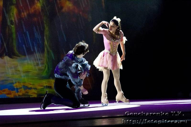 Ледовый спектакль Щелкунчик и проклятие тьмы, Франс Мари