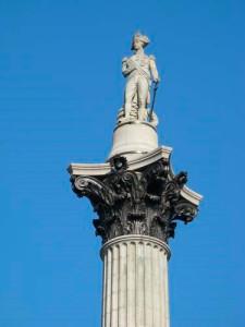 памятник адмиралу нельсону, памятник на трафальгарской площади, центр трафальгарской площади, трафальгарская площадь колонна нельсона, достопримечательности лондона трафальгарская площадь, монумент на трафальгарской площади, достопримечательности лондона трафальгарская площадь