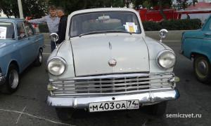 ретро автомобили москвич, легковые ретро автомобили, экспозиция ретро автомобилей, русские ретро автомобили, отечественные ретро автомобили, российские ретро автомобили, выставка ретро автомобилей, советские ретро автомобили екатеринбург, парад ретро автомобилей, ретро автомобили ссср