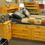 Спальный гарнитур для подростка. Магазин «Мебель из Небраски», штат Техас, США