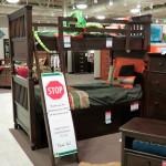 Детские кровати. Магазин «Мебель из Небраски», штат Техас, США