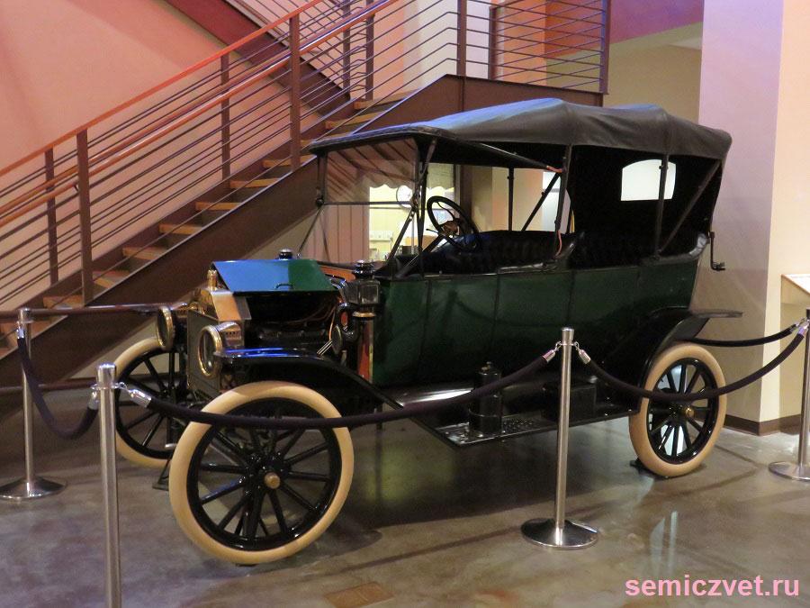 Автомобиль Ford Model T Touring. Музей Исторического Наследия