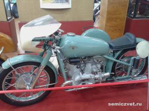 С-51, старинные мотоциклы фото, ретро мотоциклы фото, ретро мотоциклы ссср фото, музей мотоциклов видео, ирбитский музей мотоциклов, музеи мотоциклов россии, старинные мотоциклы, музеи ретро мотоциклов, музей мотоциклов ирбит, государственный музей мотоциклов, музеи старинных мотоциклов, выставка ретро мотоциклов, советские ретро мотоциклы, памятники науки техники, урал ретро, мотоцикл ирбит, музей мотоциклов, мотоцикл урал ретро