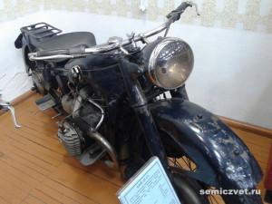БМВ, старинные мотоциклы фото, ретро мотоциклы фото, ретро мотоциклы ссср фото, музей мотоциклов видео, ирбитский музей мотоциклов, музеи мотоциклов россии, старинные мотоциклы, музеи ретро мотоциклов, музей мотоциклов ирбит, государственный музей мотоциклов, музеи старинных мотоциклов, выставка ретро мотоциклов, советские ретро мотоциклы, памятники науки техники, урал ретро, мотоцикл ирбит, музей мотоциклов, мотоцикл урал ретро
