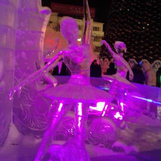 ледовый городок Екатеринбург, ледяная сказка, фестиваль ледовых скульптур, ледовые скульптуры фото, фото ледового городка екатеринбург, ледовый городок екатеринбург 2016 фото, ледовые скульптуры екатеринбург, фестиваль ледовых скульптур екатеринбург, фестиваль ледовой скульптуры европа азия, европа азия фестиваль, екатеринбургский ледовый городок, ледовые композиции, новый год ледовые городки