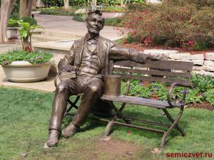 авраам линкольн, фото скамейка парке, скамейка парке картинки, скульптура виде скамейки, скульптура из бронзы, парк скамейками, скамейки отдыха парке, скульптуры на скамейке, авторские работы мастера, скамейка парке, скамейки парковые, президент сша авраам линкольн, авраам линкольн 16 президент сша, президент сша авраам линкольн, даллас техас, штат техас сша