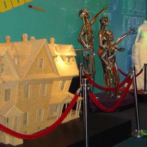 Изделия из необычных материалов. Музей Рипли «Хотите — верьте, хотите — нет!». Техас