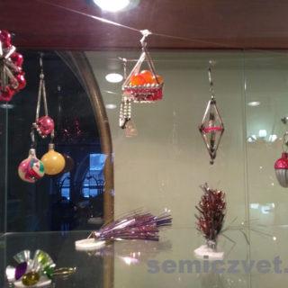 Новогодние ёлочные игрушки - стеклянные композиции
