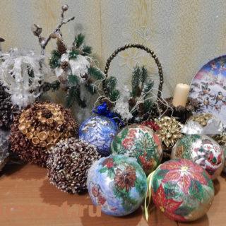Новогодние украшения - шары к Новому Году и Рождеству