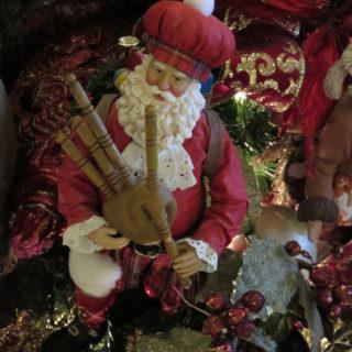 Музыкальный Санта Клаус из Шотландии