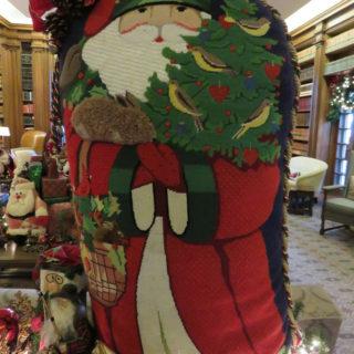 Дед Мороз с ёлкой и подарками