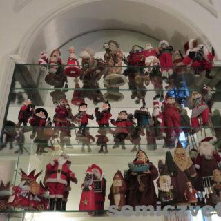 Коллекция Санта Клаусов