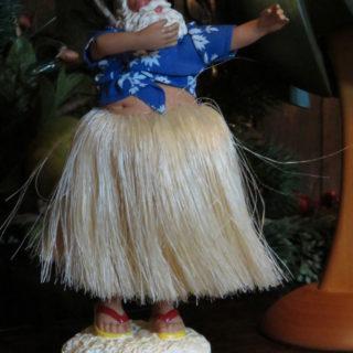 Танцующий Санта Клаус с Гаваев