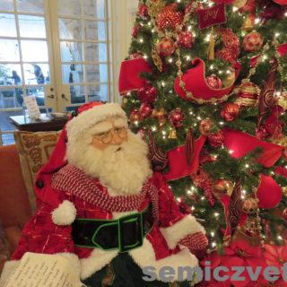 Современный Санта Клаус