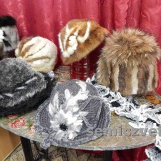 Оригинальные шапки для зимы и модные шляпы своими руками