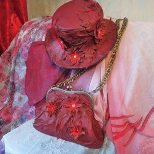 Кожаный комплект для дамы - сумка и шляпа