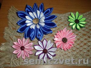 Цветы канзаши и салфетка макраме своими руками
