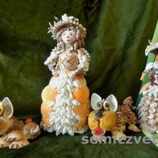 Кукла Дама с собачкой из морских ракушек своими руками