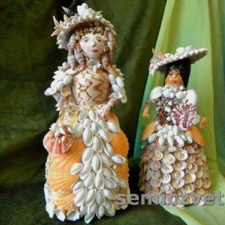 Куклы модницы из морских ракушек с аксессуарами