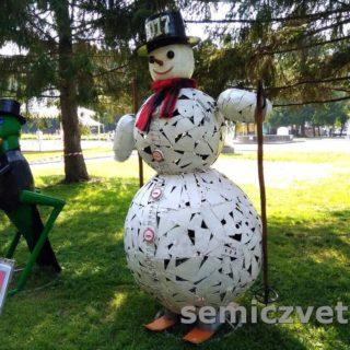 А.Петрушко «Снеговик-лыжник». Екатеринбург, ЛОМ-2017