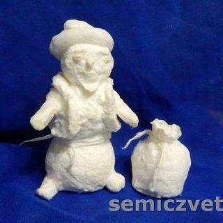 Заготовка игрушки из ваты Снеговик с мешком подарков