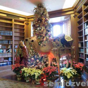 Волхв Мельхиор и Верблюд. Фонтанини. Выставка «Рождество Христово в искусстве». Даллас. Техас