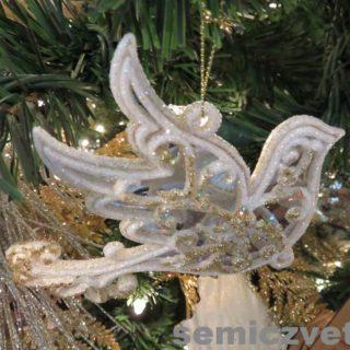 Ёлочная игрушка голубь. Выставка «Рождество Христово в искусстве». Даллас. Техас
