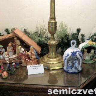 Сувениры на рождественскую тему. Выставка «Рождество Христово в искусстве». Даллас. Техас