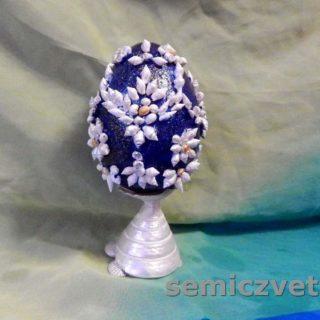 Декоративное пасхальное яйцо на подставке