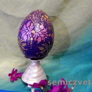 Расписное пасхальное яйцо
