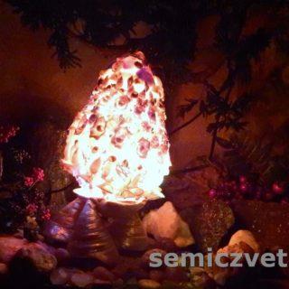 Большое пасхальное яйцо-светильник из морских ракушек