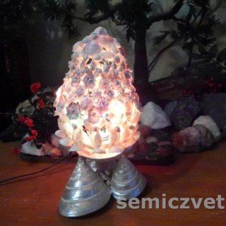 Яйцо-светильник из морских ракушек